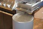 Gasflaschenbehälter für 11 Kilo Gasflasche am Gasgrill